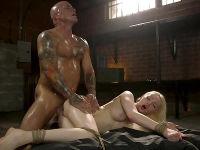 Muscular man fucks midget blonde in deep hardcore scenes