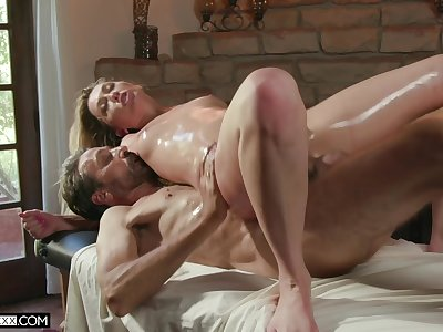 The oiled ass wife feels like getting laid on the massage gaming-table