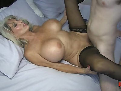 Watch Sally Dangelo Stepmom - mature bitch with big breast cum starved