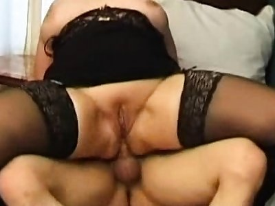 Tow-headed milf campagna stockings tries anal